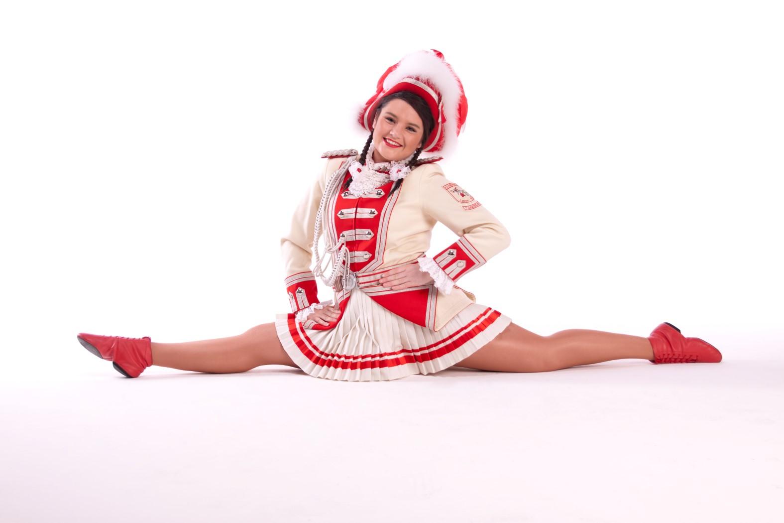 Tanzmariechen Jill Ganser - Foto 1